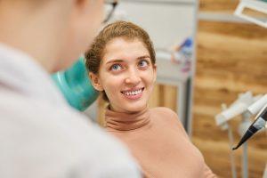 Dentist   Woman smiling.